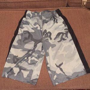 Grey nike camo basketball shorts